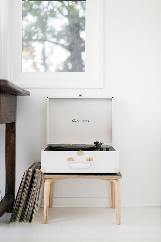 X UO Keepsake White Portable USB Vinyl Record Player http://www.urbanoutfitters.com/urban/catalog/productdetail.jsp?id=36421535&category=A_MUSIC_TURNTABLE