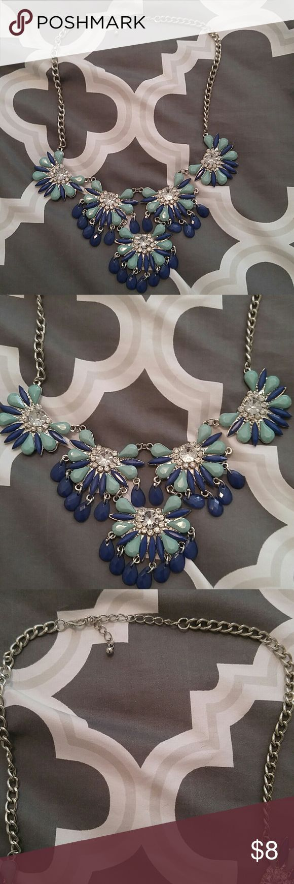 Costume Jewelry Tiffany blue and Royal blue chunky necklace Body Central Jewelry Necklaces