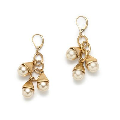 J Crew earrings - http://www.allaboutyou.com/fashion-and-beauty/buys/party-accessories-christmas-party-costume-jewellery?page=10