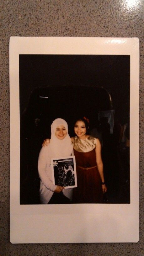 NADIA DWI PUTRANTI, a superduperhyper sweet friend of mine, a friend of many awesome experience. Just can't describe everything we've been through... I thank You Allah for giving me such a good friend... Congraduation :')