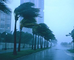 Are you and your vehicle prepared for a hurricane? Check out these tips for keeping safe should you be driving during a hurricane onstarconnections.com | #hurricane #tips #safe #onstar