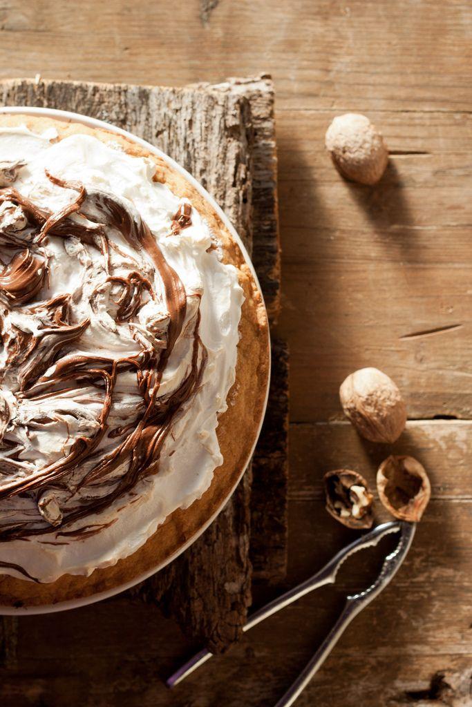 Tuscan Nutella and meringue tartNutella Tarts, Nutella Meringue, Meringue Tarts, Tarts Recipe, Perfect Desserts, Poke Cake, Nutella Recipe, Nutella Pies, Tuscan Nutella