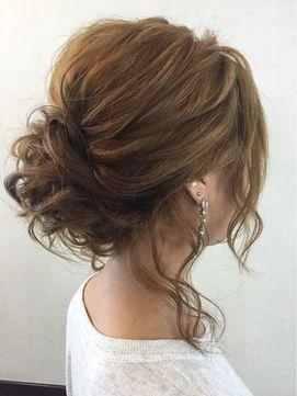 編み込み無し☆後れ毛ルーズアップ - 24時間いつでもWEB予約OK!ヘアスタイル10万点以上掲載!お気に入りの髪型、人気のヘアスタイルを探すならKirei Style[キレイスタイル]で。