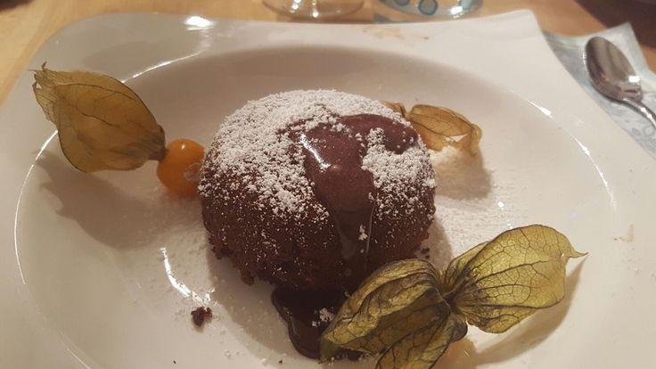 Schokoladenkuchen mit flüssigem Kern à la Italia, ein tolles Rezept aus der Kategorie Dessert. Bewertungen: 872. Durchschnitt: Ø 4,7.