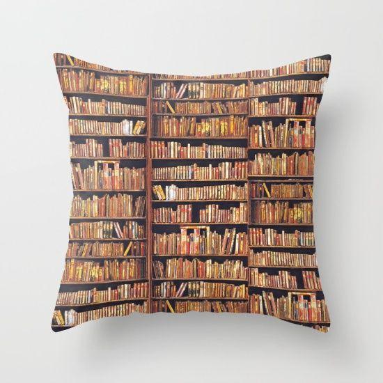 Sold a pillow, thanksyou buyer!