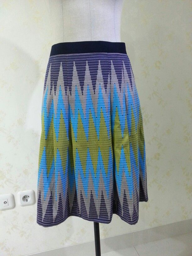 Pleated skirt from tenun rangrang Bali and cotton lining. Made by Dongengan (Facebook: https://m.facebook.com/dongengan)