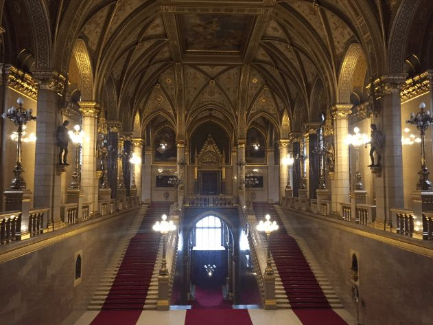 houses of parliament interior. Hungary Parliament House welcoming hall at the main entrance Best 25  house ideas on Pinterest Houses of