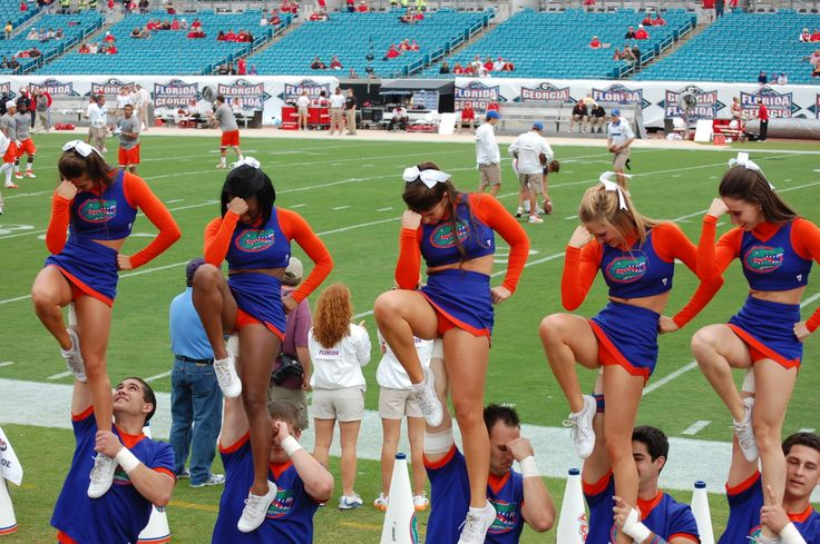 The Florida Gators cheerleaders do the Gator chomp before the game against the Vanderbilt Commodores at Ben Hill Griffin Stadium in Gainesville. Description from pinterest.com. I searched for this on bing.com/images