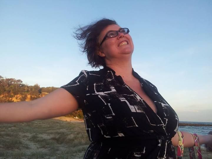 I am generally a woman who knows how to throw herself into a good time, but finds it hard to relax.  Here are my tips...