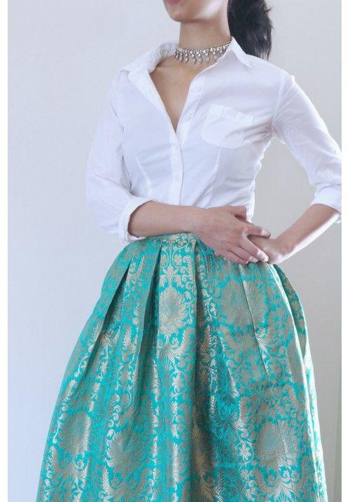 Pin By Harshita Bhatia On Brocade Dresses Brocade