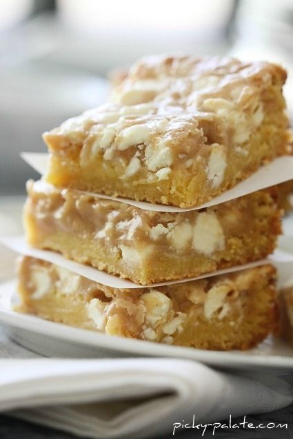 Gooey White Chocolate Cake Bars: Cakes Mixed, White Chocolates Cakes, Cakes Bar, Chocolates Fluffernutt, Bar Recipe, Fluffernutt Cakes, Gooey White, Yellow Cakes, Peanut Butter