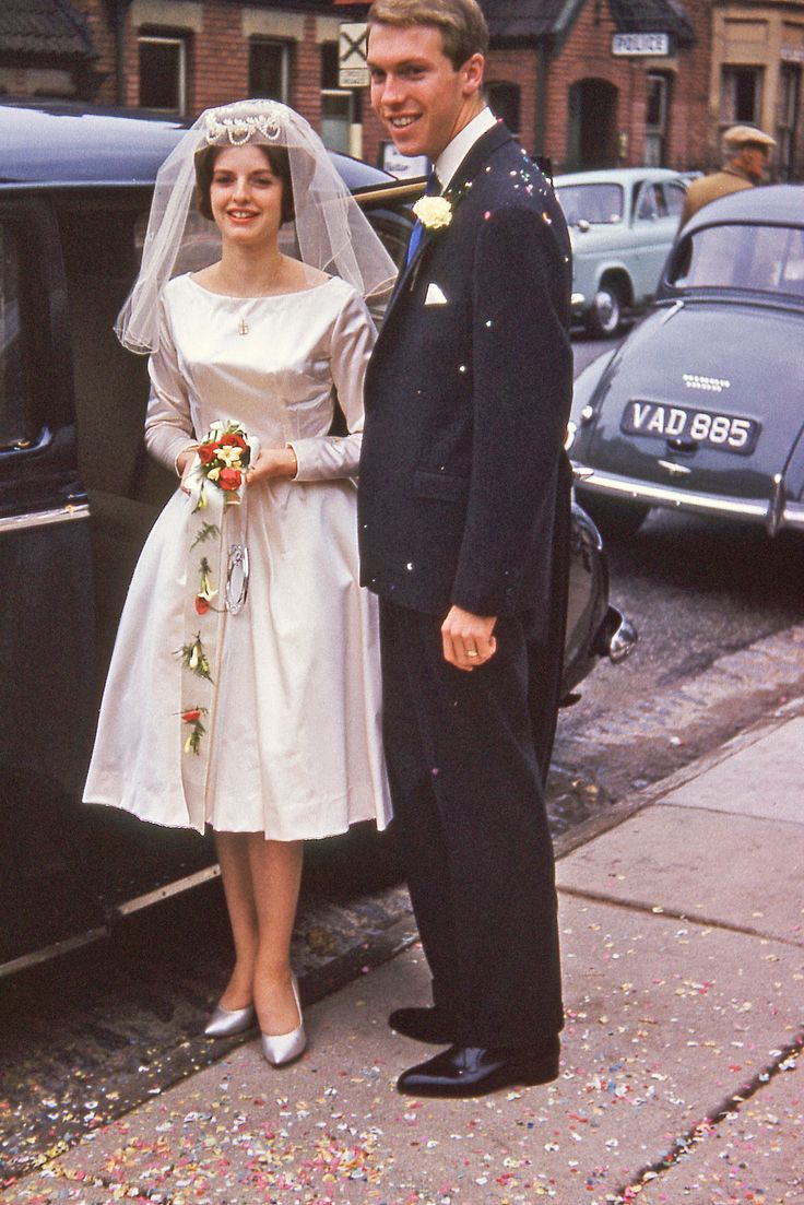 https://flic.kr/p/t8ftZ7 | A63 1959 wedding of Jean Willcox & Gary Roberts | Aunty Joyce's car in background :-) 10th October 1959