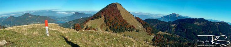 Blick von der Loibersbacher Höhe auf den Faistenauer Schafberg bei traumhaften Herbstwetter