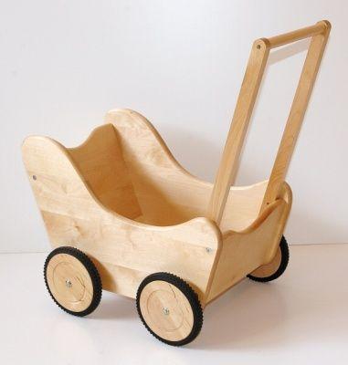 dětská dřevěná hračka kočárek pro panenky 1200,-