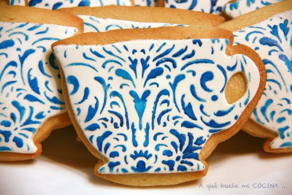 Tea cups - stencilled - amazing: China Patterns, Teacup Cookies, Teas Cups, Decoracion Cookies, Teas Cookies, Parties Ideas, Cups Cookies, Teas Parties, Blue And White