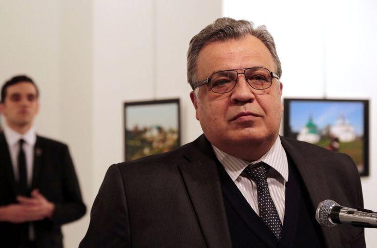 Im Angesicht des Todes: Diese Foto von  Burhan Ozbilici gewinnt in der...