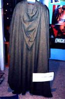 Fellowship Cloak Pattern. How to make a cloak similar to those in Lord Of The Rings. Patterned on a Moroccan Burnoose, it is a half circle with a kite shaped hood.