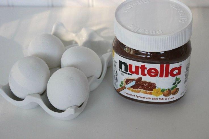 Maak deze goddelijke Nutella brownies met maar 2 simpele ingrediënten! Makkelijk en verrukkelijk!