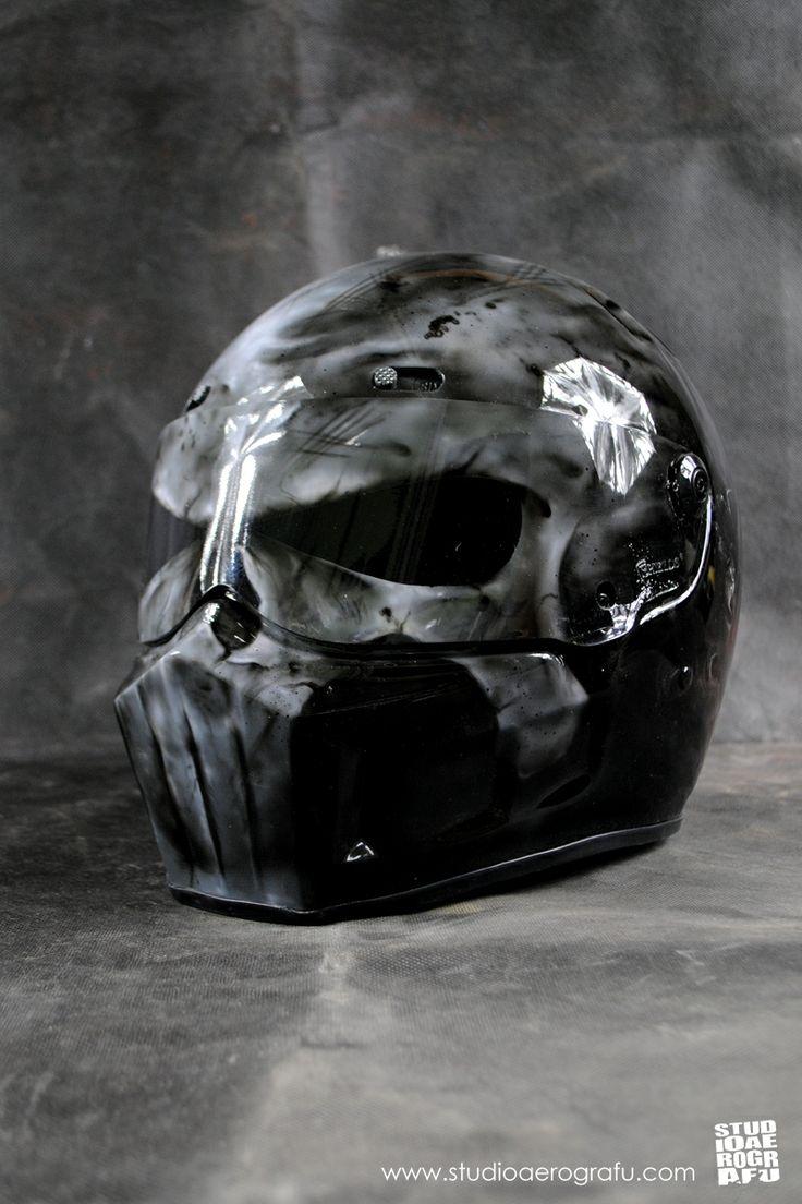 Punisher Motorcycles Helmet. More art: www.facebook.com/aerograf.chwalisz