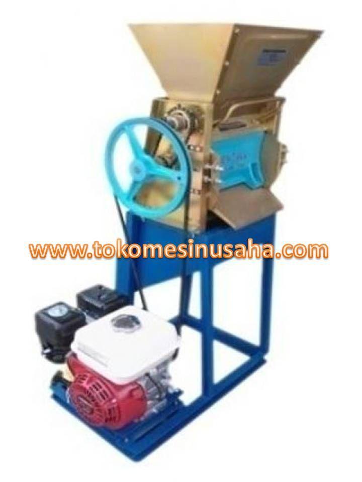 Mesin Pengupas Biji Kopi adalah mesin yang digunakan untuk mengupas biji kopi, mesin ini sangat cocok untuk usaha pengolahan biji kopi anda. Type : DJ-100 Dimensi : 52 x 33 x 56 cm Kapasitas : 60-80 kg/jam Penggerak : manual Berat : 24 kg  Type : DJ-1000 Dimensi : 75 x 55 x 115 cm Kapasitas : 100-150 kg/jam Penggerak : Motor bensin 5,5 K Berat : 68 kg  Type : MUM-200 Dimensi : 80 x 65 x 115 cm Kapasitas : 200-300 kg/jam Penggerak : Diesel 8 PK Berat : 89 kg
