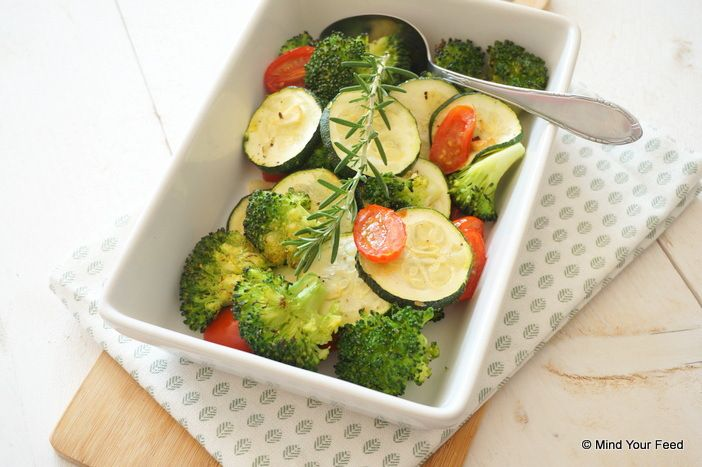 Gegrilde broccoli met courgette - Mind Your Feed