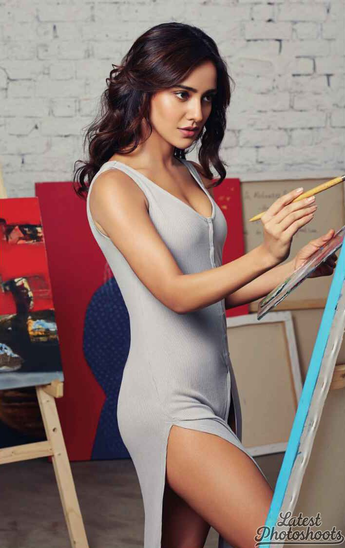 Neha Sharma FHM India September 2016 01