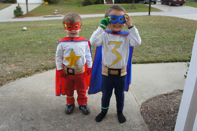 home-made superhero costumes for Halloween