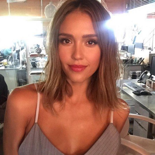 571 best Jessica Alba images on Pinterest | Celebs ...