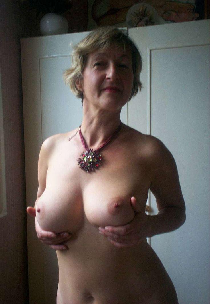 amanda seyfried fake nudes pics
