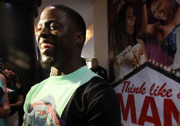 Kevin Hart in Cleveland: Busy comedian's night features 'Think Like a Man Too' event and WWE's 'Monday Night RAW' (slide show)