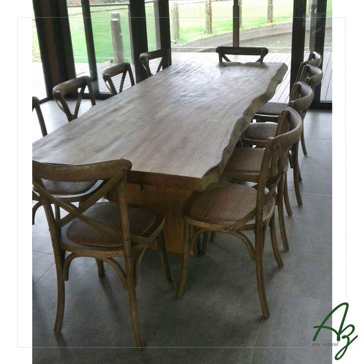 ma pequena amostra deste projeto incrível que estamos executando em parceria com a Arquiteta Elisabete Valduga. Uma de nossas mesas de jantar em madeira maciça e natural já ganhou seu espaço! ✨👌🔝 Az arte natural | Móveis em madeira feitos a mão.