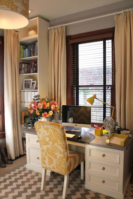 Love this office space, desk in front of window?! hmmm....