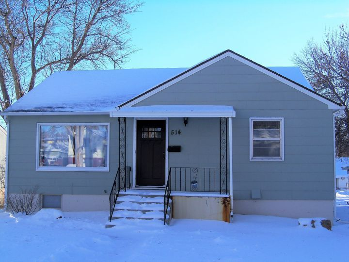 Charming Main Level Duplex In A Great Neighborhood Billings Mt Rentals Charming 3 Bdrm Main Level Dup Duplex For Rent Large Living Room Apartments For Rent