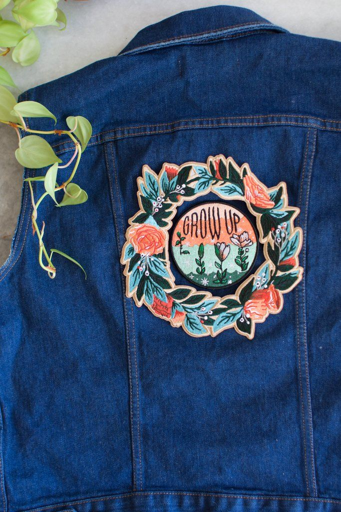 Wreath II Iron On Back Patch