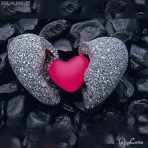 Όλα όσα είναι αρρώστια μέσα στους ανθρώπους εμφανίζονται εξαιτίας της έλλειψης αγάπης.. Όλα όσα είναι λανθασμέναστον άνθρωπο, συνδέονται κάπου με την αγάπη – δεν είναι σε θέση να αγαπήσει ή δεν είν…
