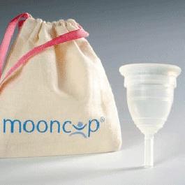 Moon Cup - Coppetta Mestruale. E' una morbida coppetta mestruale in silicone anallergico riutilizzabile. La coppetta, inserita in vagina durante il ciclo, sostituisce i tradizionali assorbenti interni raccogliendo il flusso mestruale invece che assorbirlo.