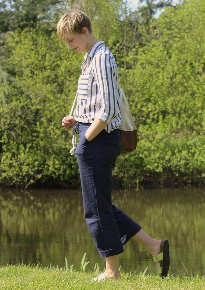 Lässige Leinenhose mit Sandalen von @Tchibo  #look #fashion #style #outfit #mode #frauen #hose #lässig #sportlich #freizeit #spring #summer #sommer #frühling #entspannt #locker #navi #blau #blue #silver #silber #sandalen #slippers #birkis #birkenstock #marine #tom #sawyer #leinen #baumwolle #cotton #short #hair
