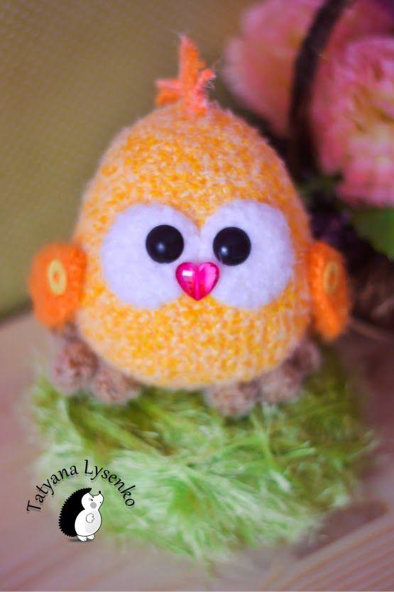 Amigurumi Chicken Free Pattern : 263 best images about Amigurumi patterns (Free) on Pinterest
