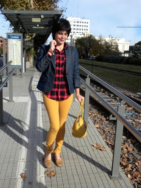 Serendipity!: Red + Blue + Mustard - www.serendipitystyle7.blogspot.com