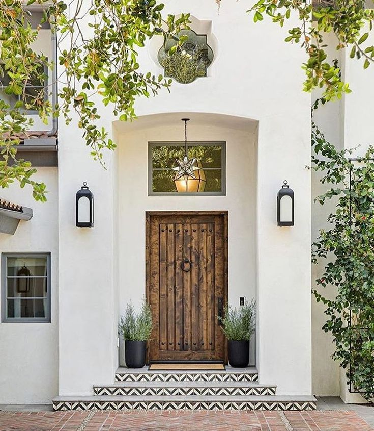 Mediterranean Style Home With Fantastic Curb Appeal: CURB APPEAL - Ideas For Making The