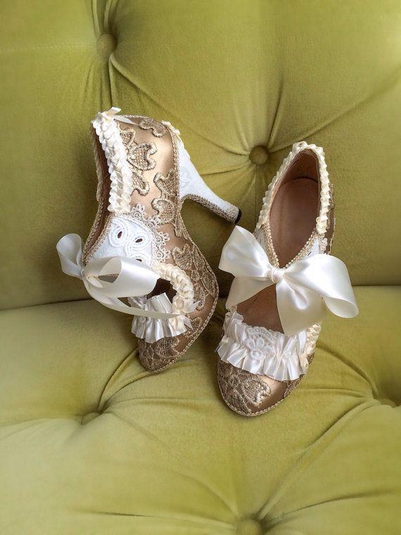 Marie Antoinette Costume chaussures à talons hauts Shooties parti Fantasy pompes Champagne Antique or Ivoire dentelle volant bottines talons nuptiale de mariage