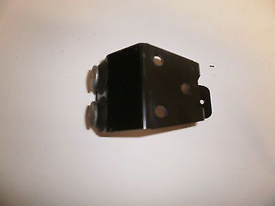 This listing is for a Jeep TJ Tailgate Third Brake Light Connector Contacter OEM. Should fit TJ 1997-2006 We are Southeast Jeeps located in Palm City, Fl and we sell good quality used OEM Jeep parts s