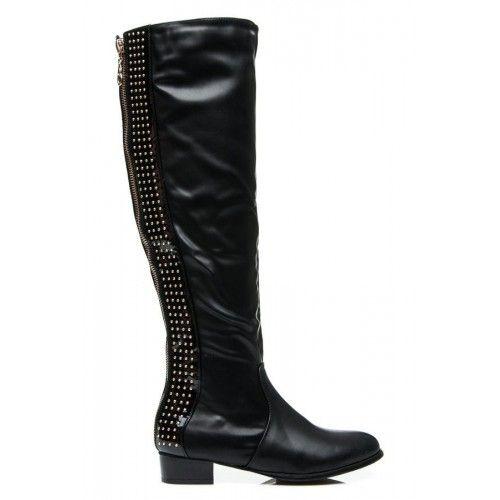 Dámské kozačky Rodrik černé – černá Ženy jsou často náročné na své boty, ale tyhle budou vyhovovat všem náročným dámám. Svršek bot je vyroben z volné koženky, avšak přední část je pevná. V zadní částí …