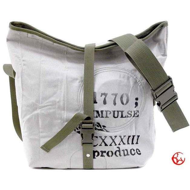 Messengerbags - Vegan Car Airbag Messenger // pauline-2107 - ein Designerstück von peace4youTASCHEN bei DaWanda
