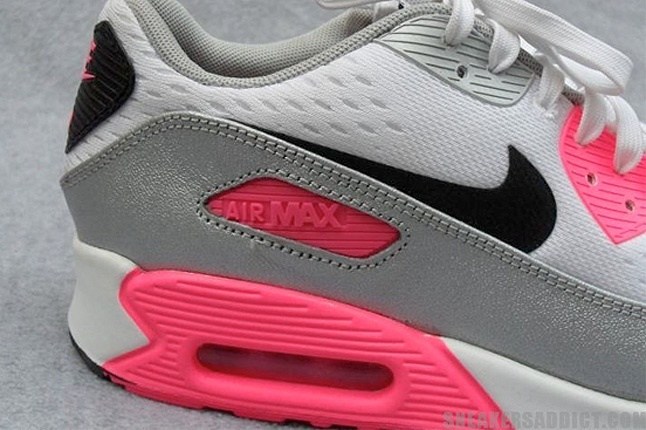For the ladies! Nike Air Max 90 (Laser Pink)