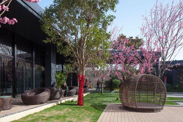 Gallery of Zhengzhou Vanke City Gallery / Locus Associates - 3