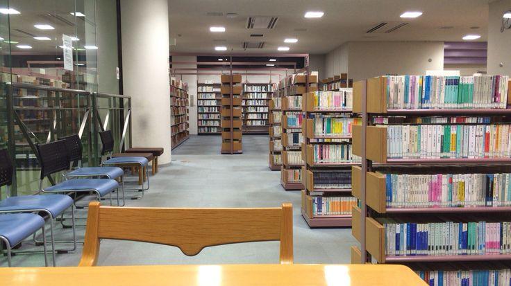 豊島区上板橋図書館 2階