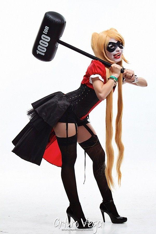 Fun Harley Quinn Cosplay