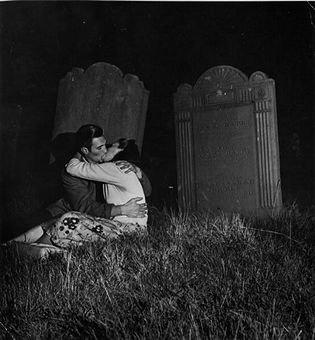 © Charles Hewitt: Kiss, Graveyards Lovers, Church Law, 11 Bizarre, 11 Church, Farah Rose, Weird, Charles Hewitt, Bizarre Church