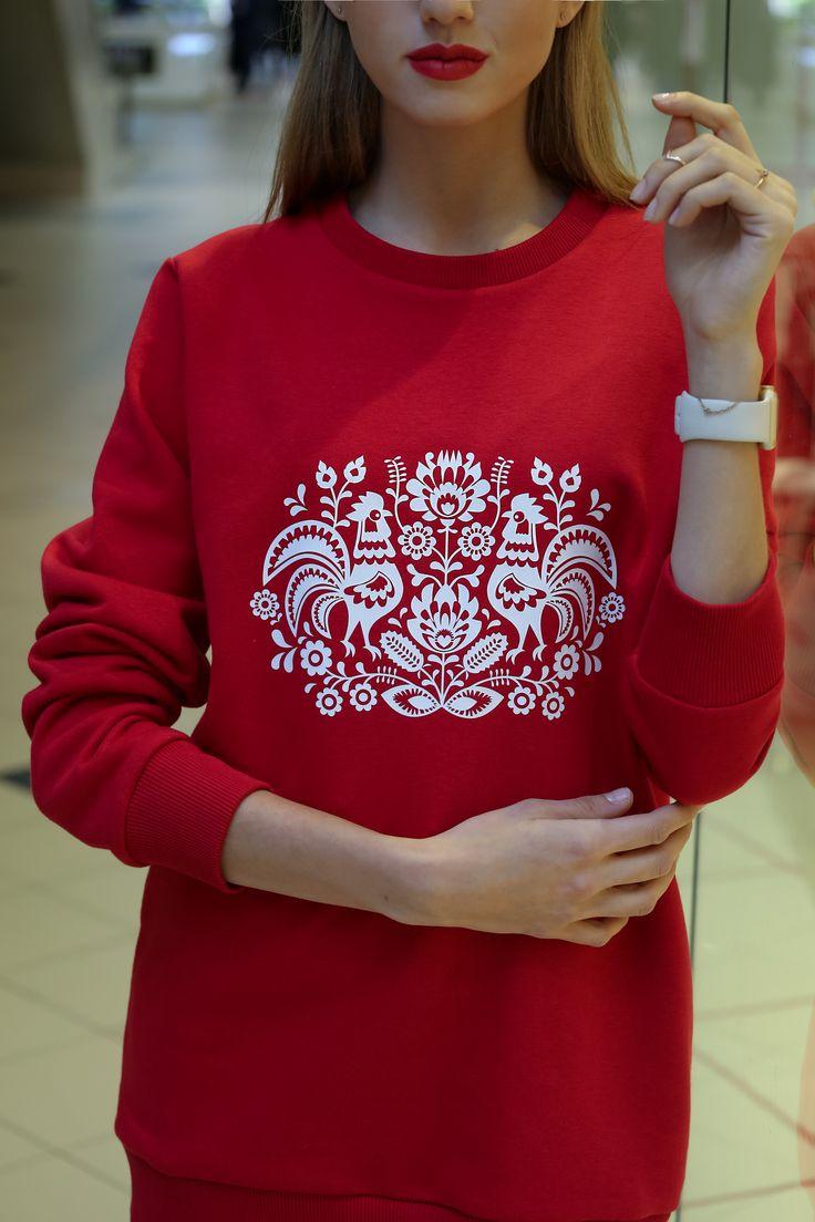 белоснежный принт в этническом стиле с символом наступающего года, петух, НГ 2017, рождество, праздник, подарок, дизайнерская одежда, свитшот